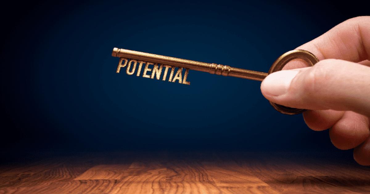採用難の今、取り組みたい「ポテンシャル採用」。優秀な人材確保のポイントは?