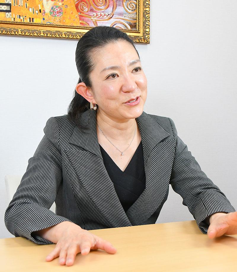 株式会社らくらホールディングス1_ビズリーチ・ダイレクト導入事例